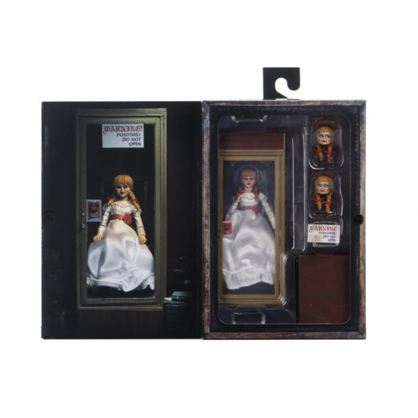 The Conjuring – Annabelle (3) Ultimate 7″ Action Figure