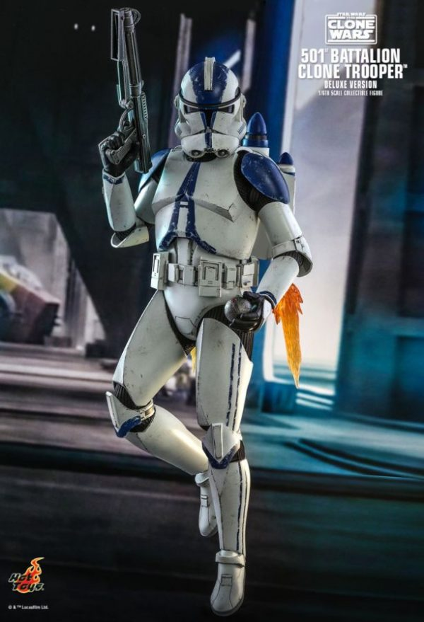"""Star Wars: The Clone Wars - 501st Battalion Clone Trooper Deluxe 1:6 Scale 12"""" Action Figure"""